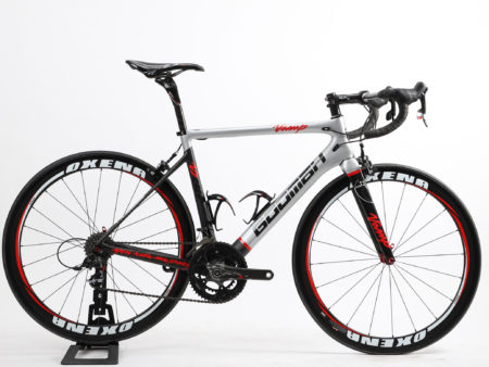 550 C-T, carbon bike with rimbrakes and SRAM groupset